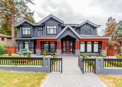 Dvoriščna vrata za vaš dom